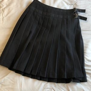 Burberry wool pleaded skirt